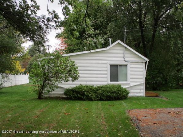 2 bed 1 bath Single Family at 526 Clyde St Owosso, MI, 48867 is for sale at 50k - google static map