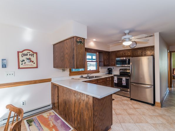 3 bed 2 bath Single Family at 1493 Corrotoman Dr Lancaster, VA, 22503 is for sale at 419k - 1 of 45