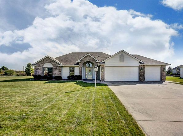 3 bed 2 bath Single Family at 200 Hunters Rdg Auburn, IN, 46706 is for sale at 225k - 1 of 36