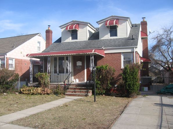 4 bed 3 bath Single Family at 11935 231st St Cambria Heights, NY, 11411 is for sale at 609k - 1 of 37