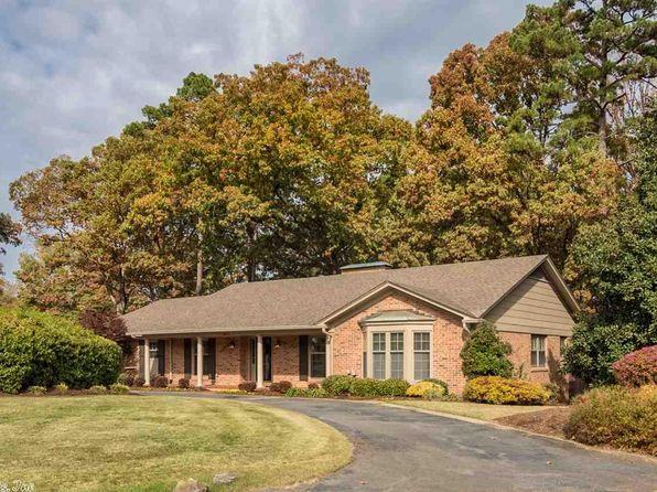 3 bed 3 bath Single Family at 34 Robinwood Dr Little Rock, AR, 72227 is for sale at 380k - 1 of 36
