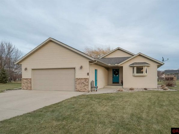 3 bed 3 bath Single Family at 345 Maple Ridge Dr Henderson, MN, 56044 is for sale at 255k - 1 of 24