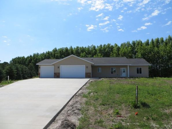 3 bed 2 bath Single Family at 257 Maple Ridge Dr Henderson, MN, 56044 is for sale at 252k - 1 of 24
