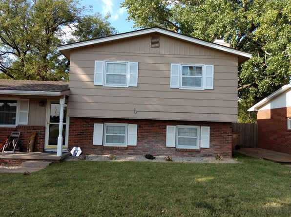 4 bed 2 bath Single Family at 1004 E 31st Ave Hutchinson, KS, 67502 is for sale at 125k - 1 of 8