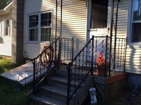 2 bed 1 bath Single Family at 185 Holcomb Rd Averill Park, NY, 12018 is for sale at 128k - 1 of 13