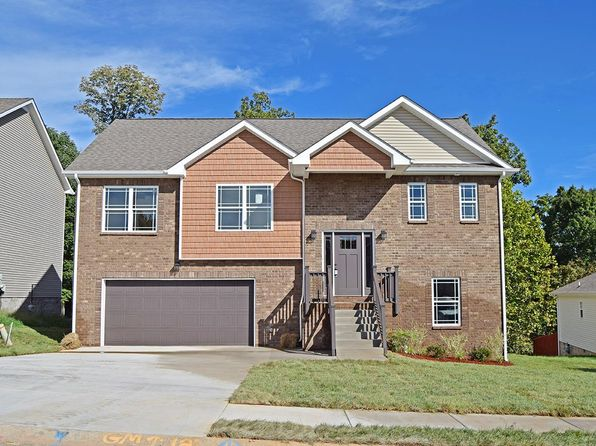 4 bed 3 bath Single Family at 3531 Oak Creek Dr Clarksville, TN, 37040 is for sale at 225k - 1 of 27