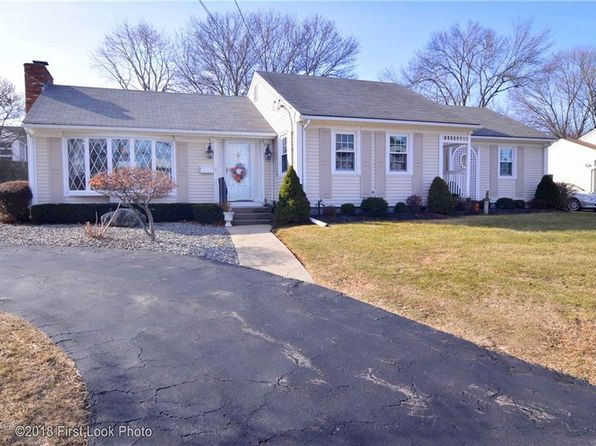 4 bed 2 bath Single Family at 15 Chandler Ave East Providence, RI, 02914 is for sale at 265k - 1 of 34