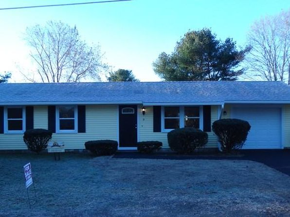 3 bed 1 bath Single Family at 9 Daniel Rd Wareham, MA, 02571 is for sale at 240k - 1 of 11