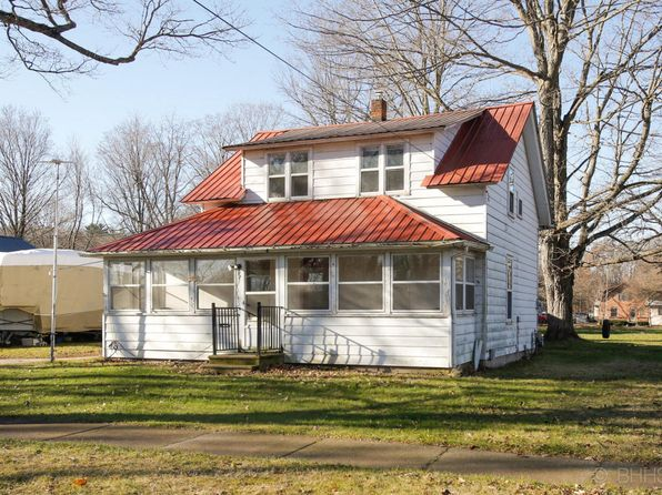 3 bed 2 bath Single Family at 257 Park Dr Allegan, MI, 49010 is for sale at 89k - 1 of 6