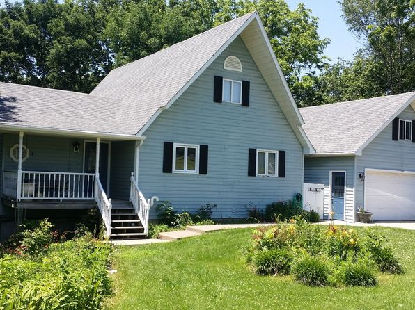 4 bed 2 bath Single Family at 15 Chestnut Cir Nauvoo, IL, 62354 is for sale at 126k - 1 of 32
