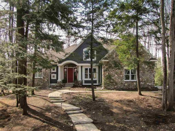 6 bed 5 bath Single Family at 7277 Preserve Ct Bay Harbor, MI, 49770 is for sale at 675k - 1 of 20