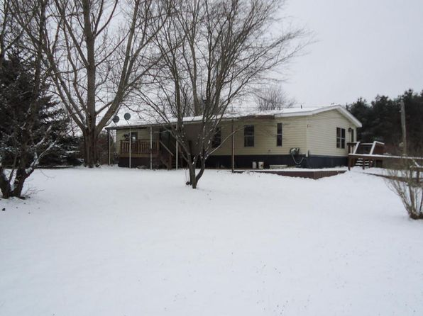 3 bed 2 bath Single Family at 11505 14 Mile Rd NE Rockford, MI, 49341 is for sale at 155k - 1 of 23