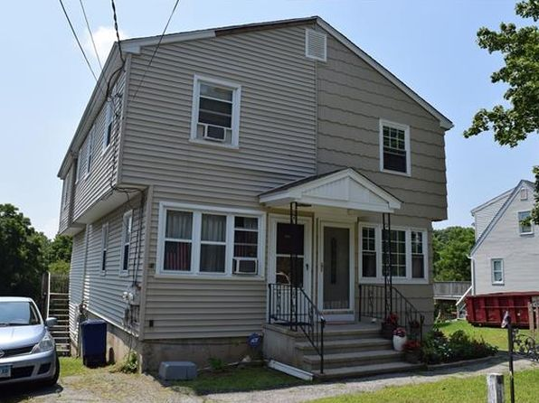 3 bed 2 bath Single Family at 193 Saunders Ave Bridgeport, CT, 06606 is for sale at 125k - 1 of 3