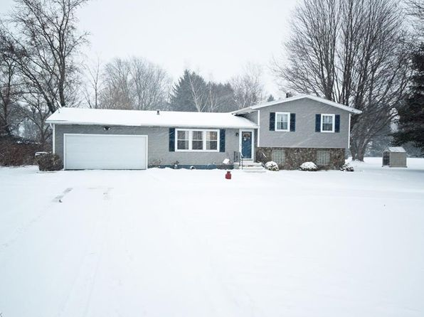 3 bed 2 bath Single Family at 5591 S Cleveland Massillon Rd New Franklin, OH, 44203 is for sale at 180k - 1 of 28