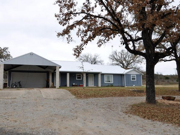 3 bed 3 bath Single Family at 3681 N Oak Ave Mineral Wells, TX, 76067 is for sale at 299k - 1 of 32
