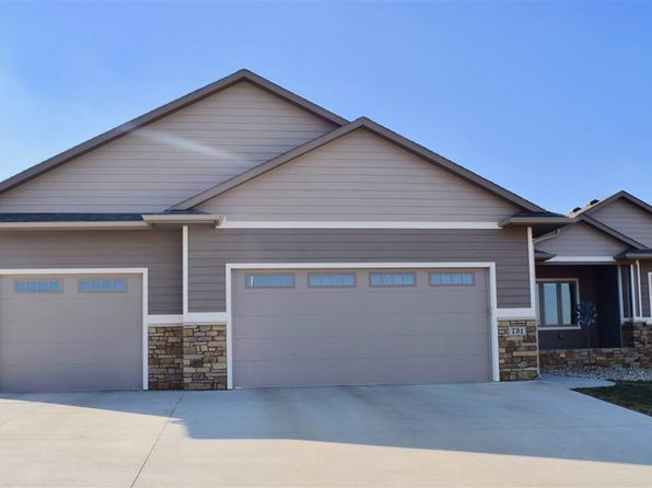 5 bed 4 bath Single Family at 731 Shamrock Dr Hartford, SD, 57033 is for sale at 380k - 1 of 28