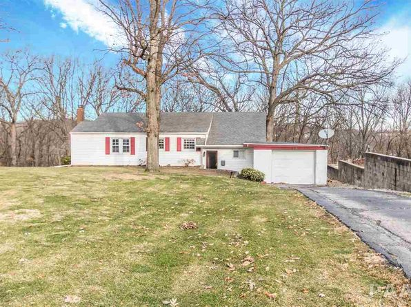 3 bed 2 bath Single Family at 2609 W Belle Vista Ct West Peoria, IL, 61604 is for sale at 95k - 1 of 25