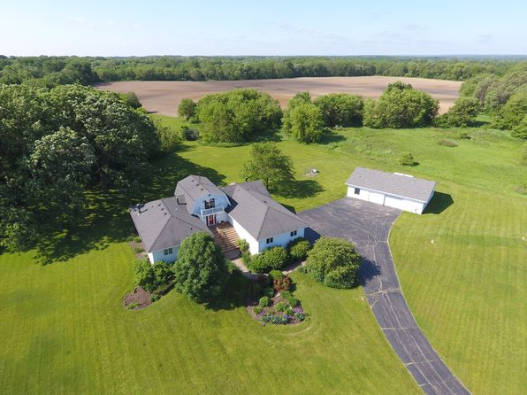 5 bed 4 bath Single Family at 36017 Wilmot Rd Twin Lakes, WI, 53181 is for sale at 435k - 1 of 3