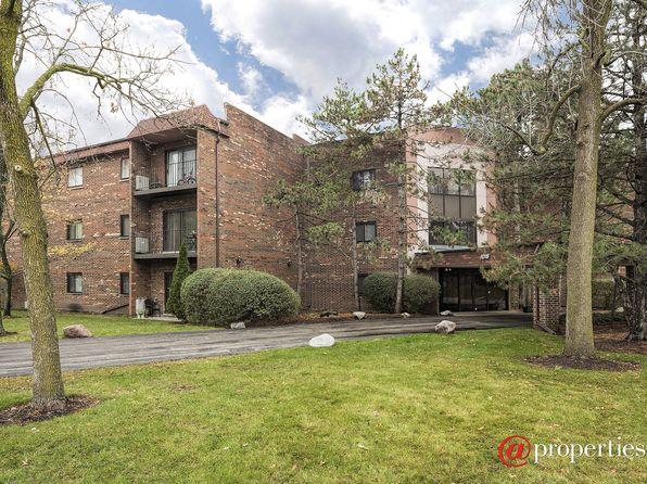 2 bed 2 bath Condo at 1018 Castilian Ct Glenview, IL, 60025 is for sale at 175k - 1 of 15