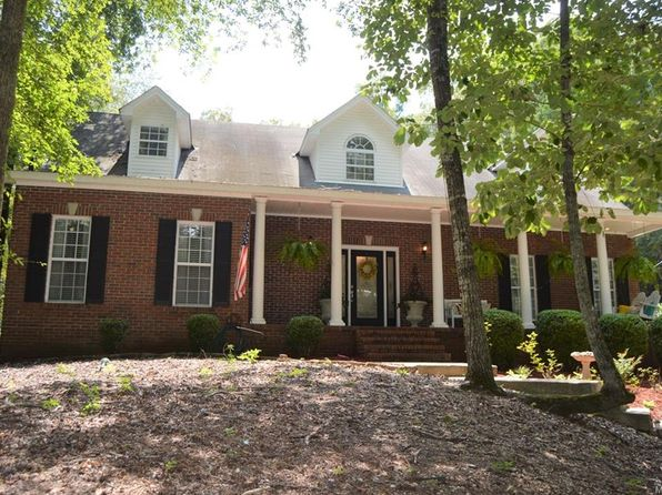 4 bed 3 bath Single Family at 390 River Ridge Rd Wetumpka, AL, 36093 is for sale at 279k - 1 of 38