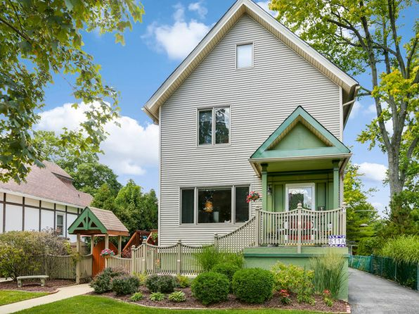 2 bed 3 bath Townhouse at 611 Forest Ave Oak Park, IL, 60302 is for sale at 549k - 1 of 38
