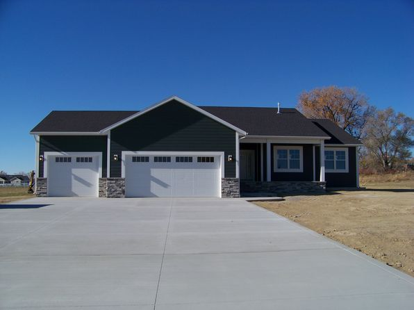 3 bed 2 bath Single Family at 3240 Three Bars Trl Billings, MT, 59105 is for sale at 480k - 1 of 9