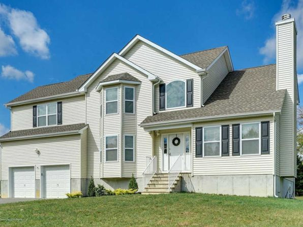 4 bed 3 bath Single Family at 16 Maxim Ct Jackson, NJ, 08527 is for sale at 439k - 1 of 31