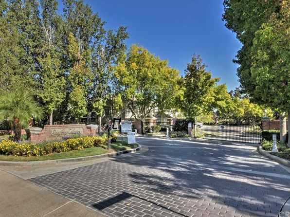2 bed 3 bath Townhouse at 24626 Brighton Dr Valencia, CA, 91355 is for sale at 565k - 1 of 35
