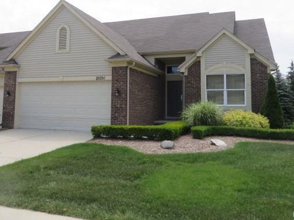 2 bed 2 bath Condo at 20750 Sleepy Hollow Dr Macomb, MI, 48044 is for sale at 215k - 1 of 34