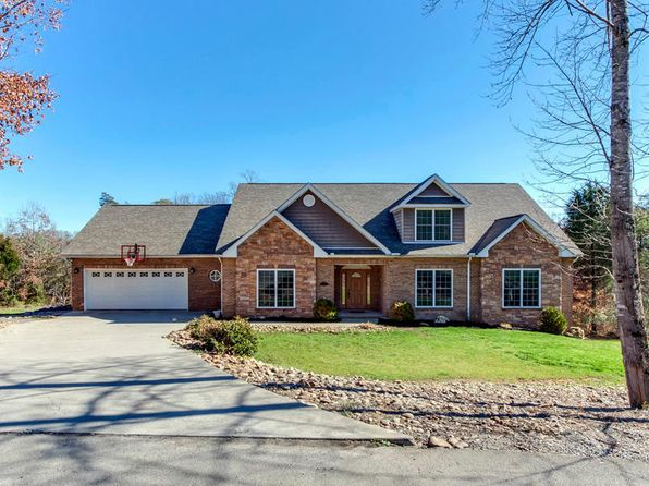 5 bed 4 bath Single Family at 215 Daksi Ln Loudon, TN, 37774 is for sale at 400k - 1 of 38