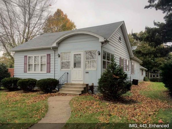 2 bed 2 bath Single Family at 203 E Park St Geneseo, IL, 61254 is for sale at 139k - 1 of 15