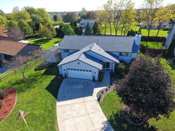 4 bed 3 bath Single Family at 737 E Quail Ct Oak Creek, WI, 53154 is for sale at 289k - 1 of 25