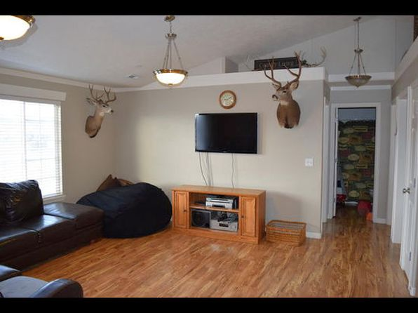 3 bed 2 bath Condo at 3586 E Rock Creek Rd Eagle Mountain, UT, 84005 is for sale at 167k - 1 of 9