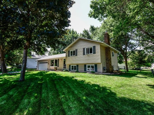 4 bed 2 bath Single Family at 7743 Countryside Dr Bloomington, MN, 55438 is for sale at 300k - 1 of 12