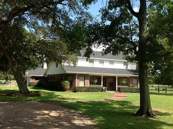 3 bed 3 bath Single Family at 606 County Road 174 Wharton, TX, 77488 is for sale at 425k - 1 of 32