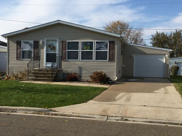 2 bed 2 bath Single Family at 209 Oakton Ln Green Bay, WI, 54311 is for sale at 80k - 1 of 23