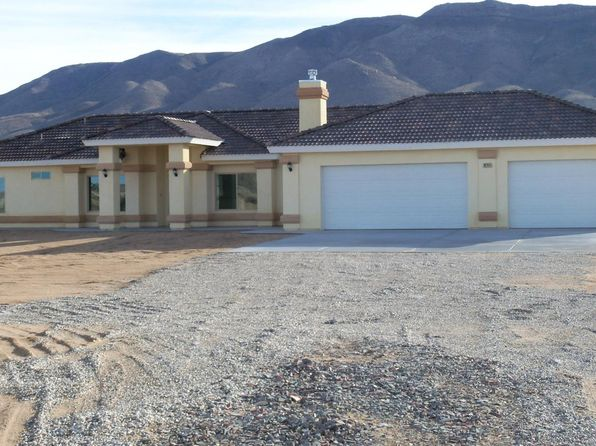 4 bed 3 bath Single Family at 19744 Sunset Ln Apple Valley, CA, 92308 is for sale at 495k - 1 of 18
