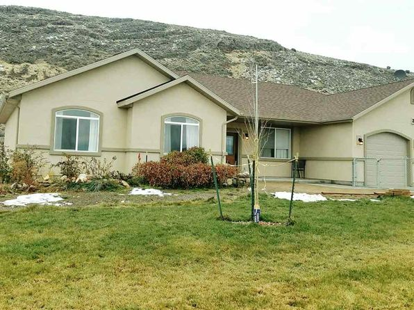 4 bed 2 bath Single Family at 2249 Hamilton Creek Trl Elko, NV, 89801 is for sale at 320k - 1 of 19