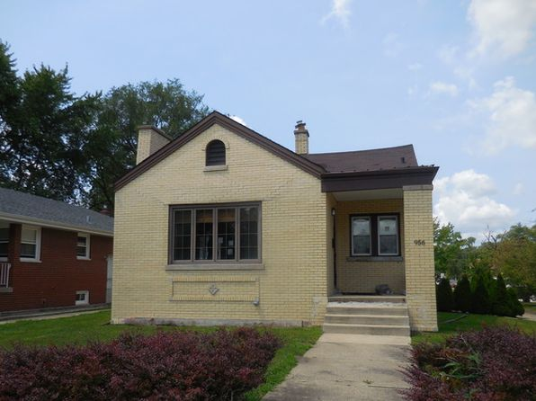 2 bed 1 bath Single Family at 956 Golf Ct Calumet City, IL, 60409 is for sale at 60k - 1 of 18