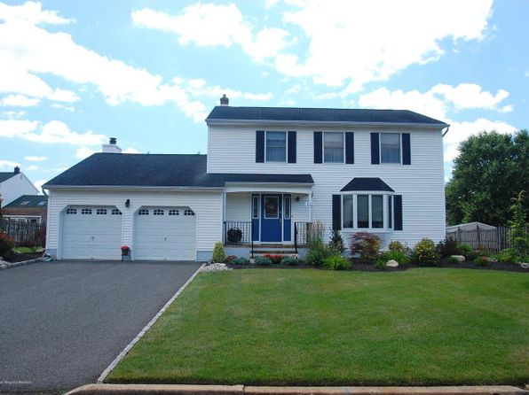 4 bed 3 bath Single Family at 213 West Ave South Plainfield, NJ, 07080 is for sale at 425k - 1 of 15