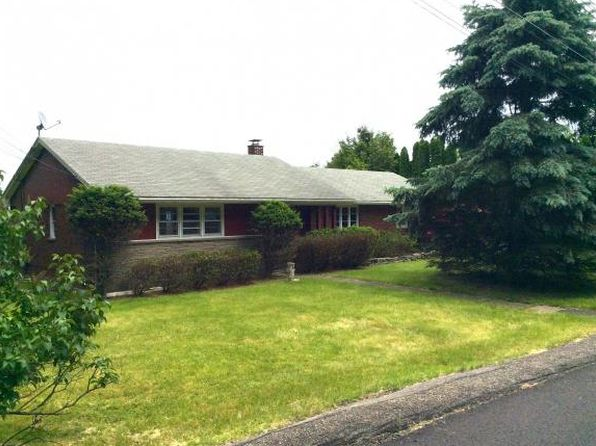 3 bed 3 bath Single Family at 20 Loretta Dr Binghamton, NY, 13905 is for sale at 120k - 1 of 26