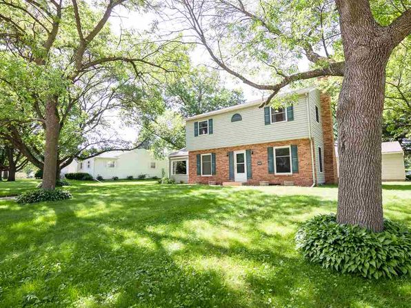 3 bed 2 bath Single Family at 1002 Ridgewood Blvd Waverly, IA, 50677 is for sale at 210k - 1 of 20