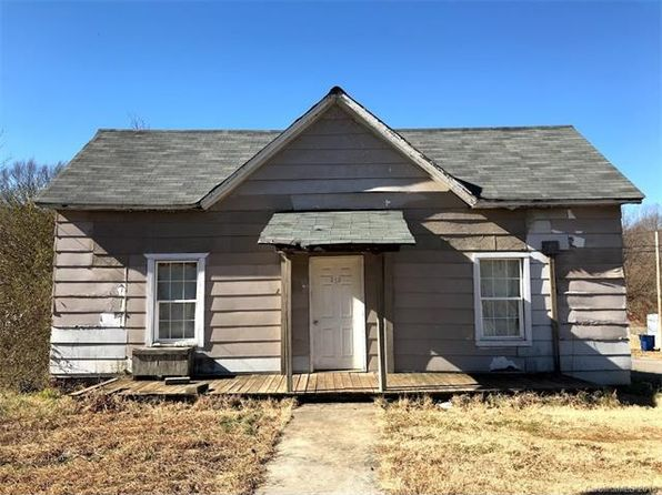 2 bed 1 bath Single Family at 212 N LINCOLN ST HIGH SHOALS, NC, 28077 is for sale at 25k - 1 of 32