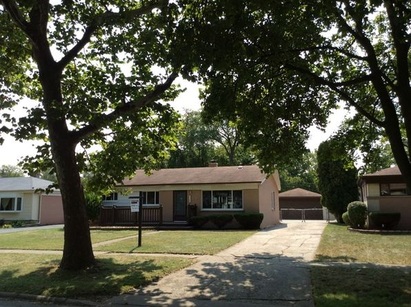 3 bed 1 bath Single Family at 709 W Vermont St Villa Park, IL, 60181 is for sale at 224k - 1 of 26