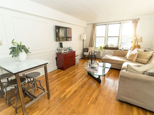 1 bed 1 bath Cooperative at 3730 73rd St Jackson Heights, NY, 11372 is for sale at 380k - 1 of 8