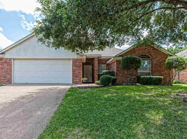 4 bed 2 bath Single Family at 2900 Comanche Trl Waco, TX, 76712 is for sale at 190k - 1 of 20