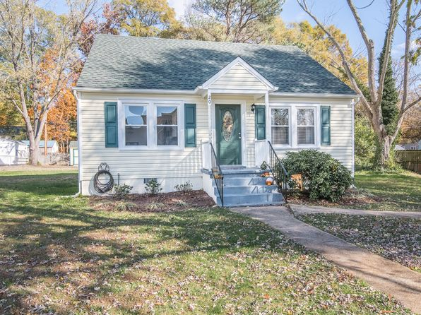 4 bed 2 bath Single Family at 20 Randolph Rd Fredericksburg, VA, 22405 is for sale at 220k - 1 of 30