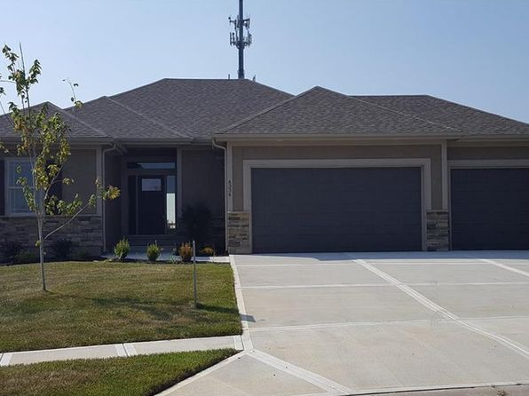 4 bed 3 bath Single Family at 4334 S STONE CANYON DR BLUE SPRINGS, MO, 64015 is for sale at 385k - 1 of 25