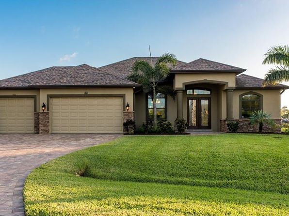 3 bed 3 bath Single Family at 10678 HILLWOOD DR PORT CHARLOTTE, FL, 33981 is for sale at 665k - 1 of 25
