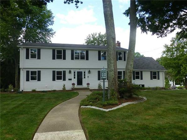 4 bed 4 bath Single Family at 205 Meshanticut Valley Pkwy Cranston, RI, 02920 is for sale at 479k - 1 of 26